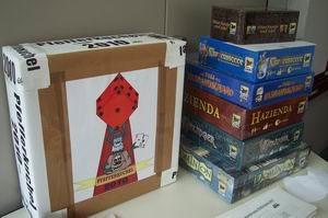 Pfefferkuchel 2010 - Box für die Stimmzettel und Spiele